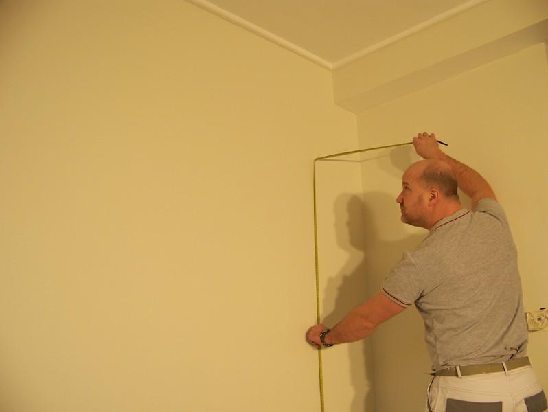papier peint pose peinture ou tapisserie travaux dans une chambre pose de papier peint peinture. Black Bedroom Furniture Sets. Home Design Ideas